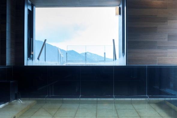 Q4:露天風呂と内風呂の両方がある場合、どちらから入るべきでしょう?