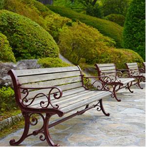 箱根強羅公園のベンチ